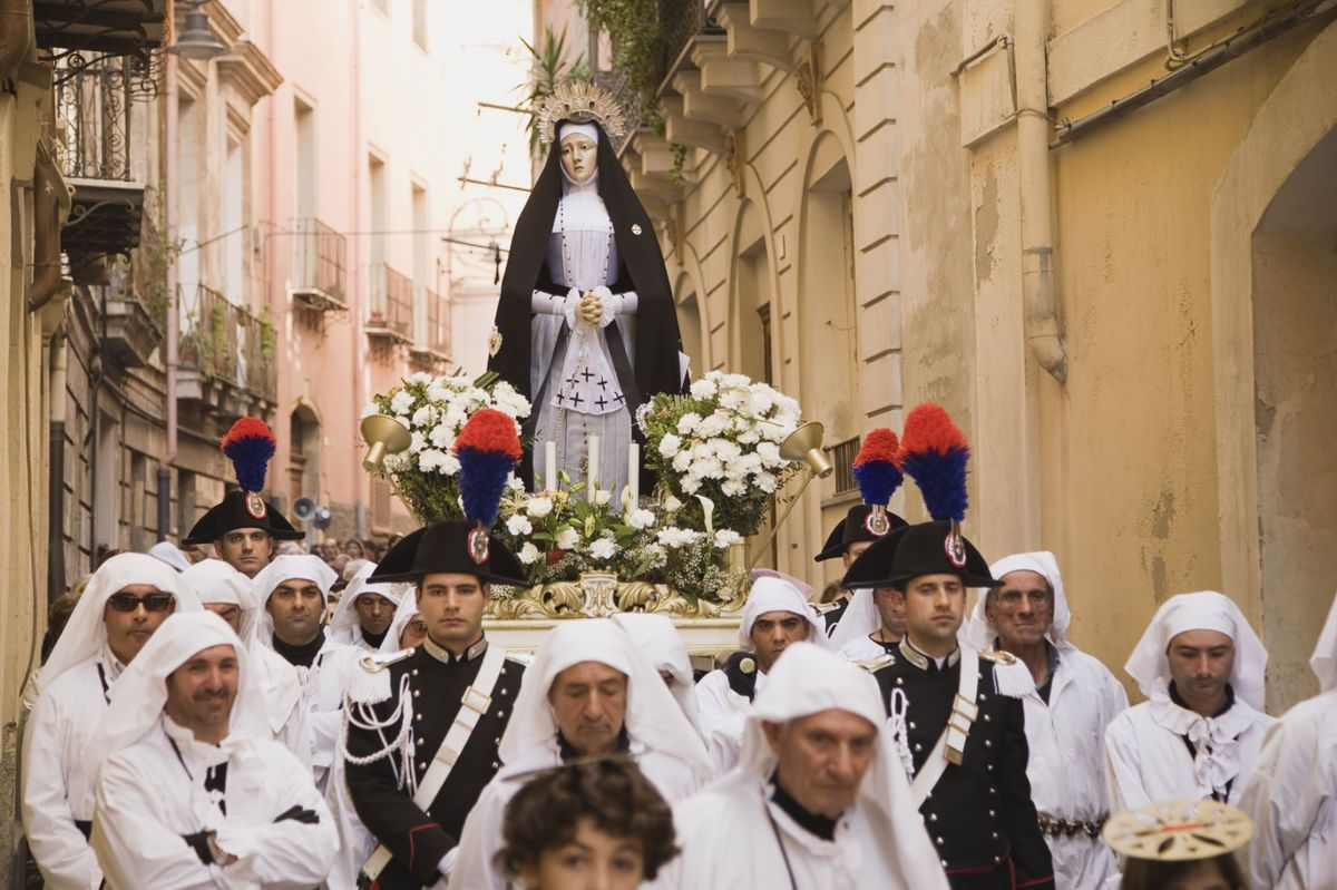 Tradisjoner under Holy Week i Italia